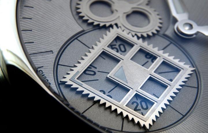 打破传统的逻辑——艾美表MAURICE LACROIX Roue Carée Seconde秒针方轮腕表