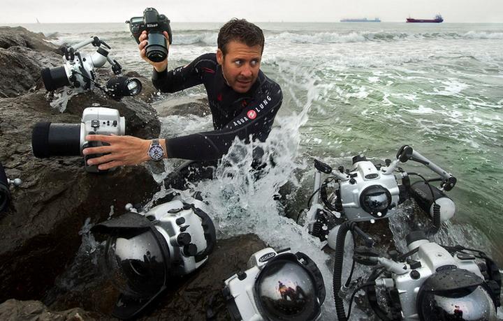 戴着拥有8项世界纪录的腕表 进入深海探险是什么感受?