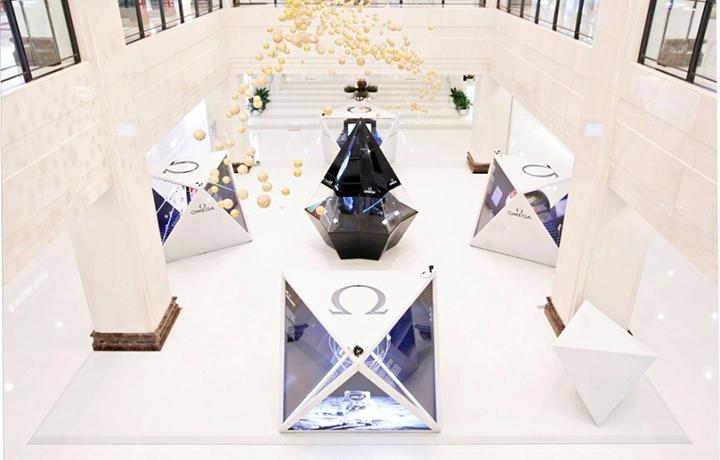 欧米茄星球展览登陆亨得利集团新宇三宝杭州大厦店