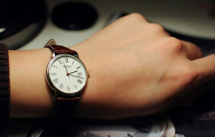 天梭表试戴上手图片 还原最真实的天梭表
