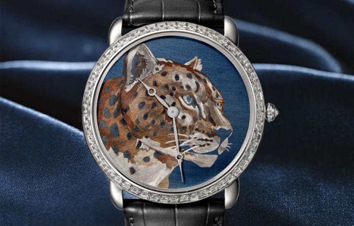 巧夺天工的烈焰艺术 卡地亚RONDE LOUIS CARTIER焰金工艺猎豹装饰腕表