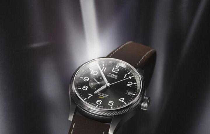阳刚亦精致 摩登航空范 豪利时2017款大表冠飞行员GMT腕表与计时码表问世