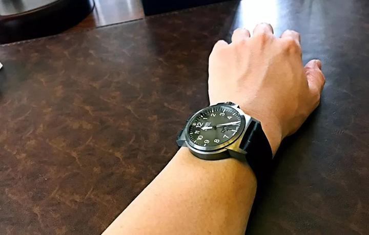 腕表测评:豪利时航空系列腕表