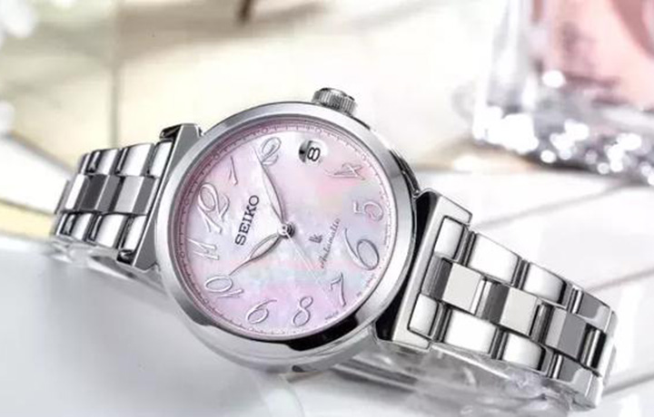 粉色腕表,推荐给温柔的你~