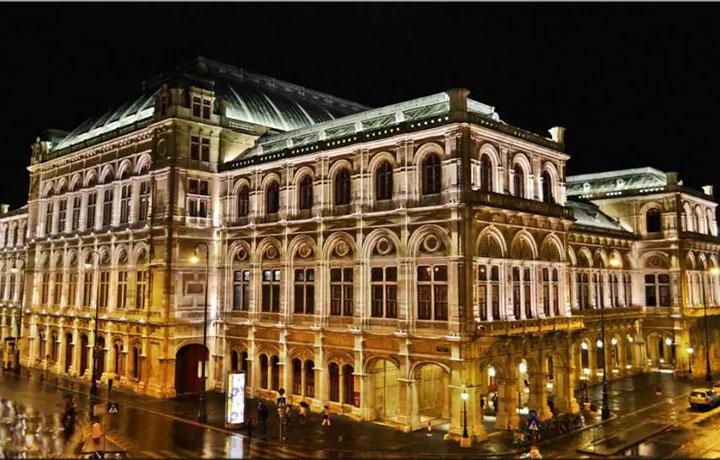 把维也纳国家歌剧院戴在手上是什么体验?