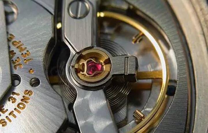 告诉你机械手表精准的要素 有哪些(三)