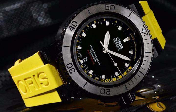 豪利时潜水系列水深测量腕表