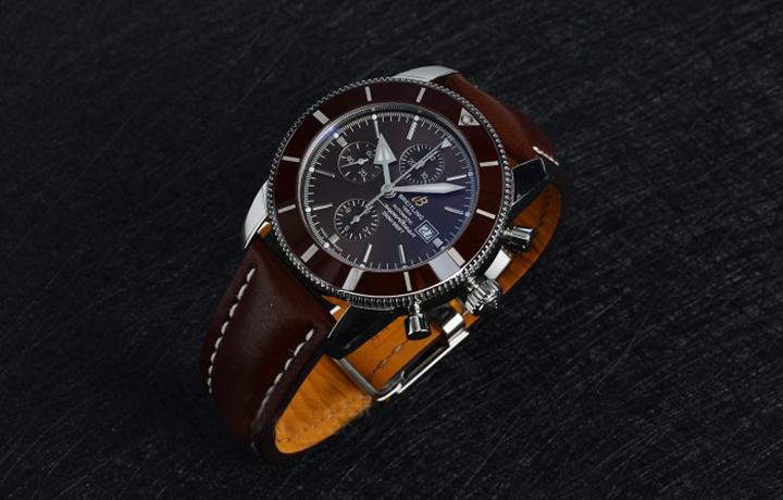 百年灵超级海洋系列二代计时腕表