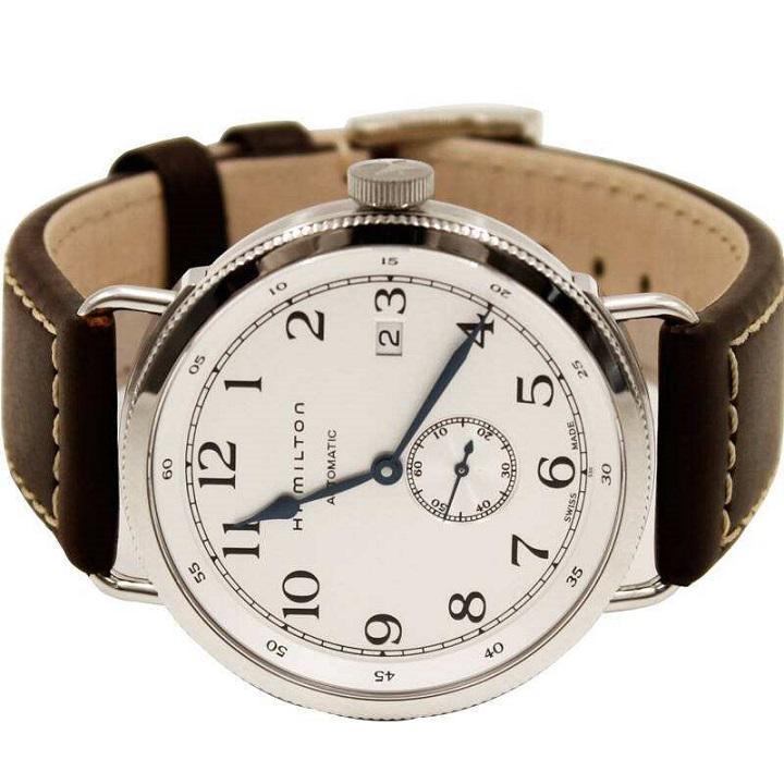新手课堂:25岁的男士适合戴哪种手表?