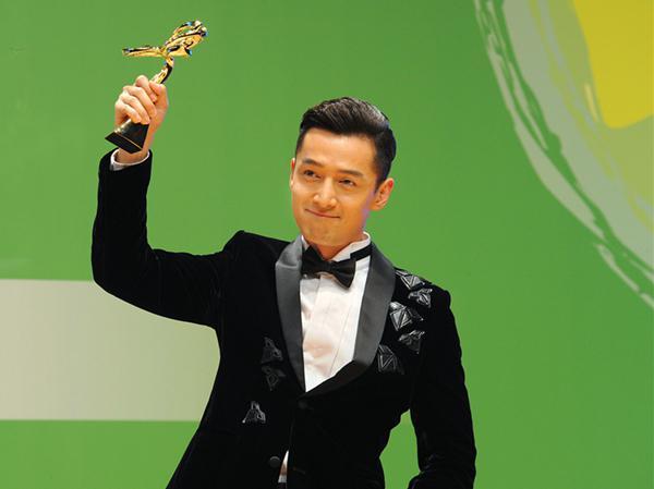 今年的金马奖颁奖礼现场,是否还有伯爵的陪伴?