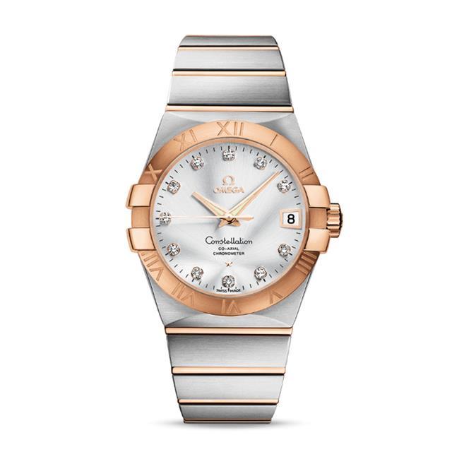 女性佩戴腕表选择欧米茄万国哪个好