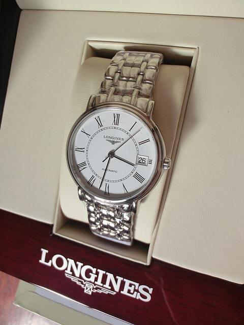 从哪可以查到longines浪琴手表报价?