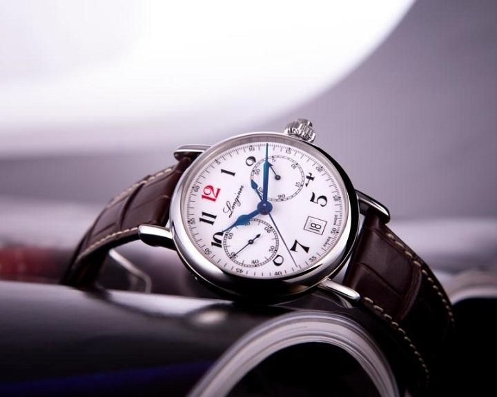 高颜值红12手表,你值得拥有