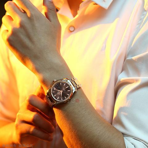 欧米茄金表,高贵身份的代名词