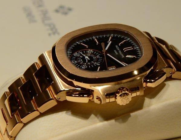 万年历腕表哪个牌子好?带你走进万年历腕表的视角