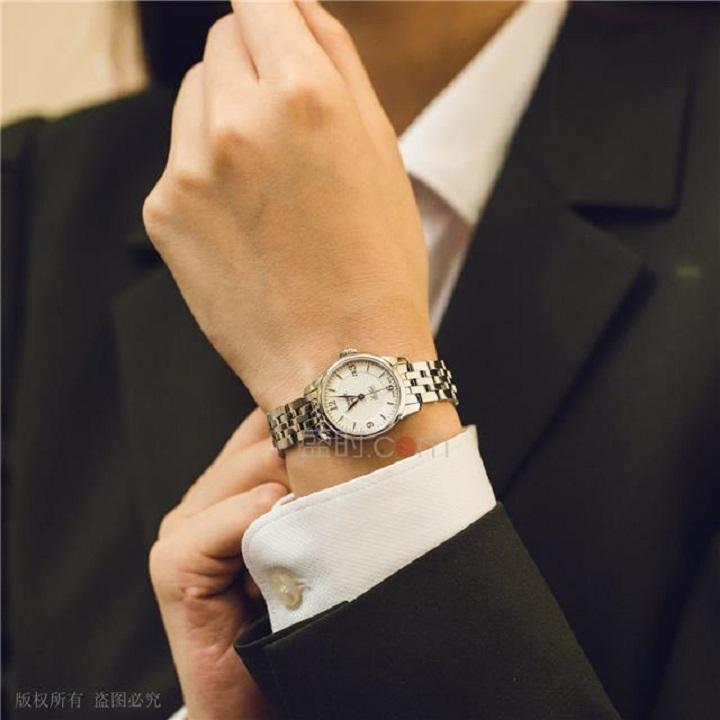 天梭手表,带你给如期而遇的心跳~