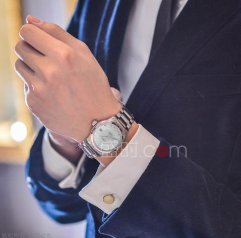 每日必须佩戴的绝佳之选——梅花机械腕表推荐