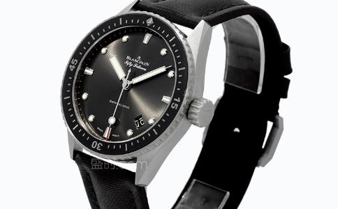 冠琴手表是品牌吗?