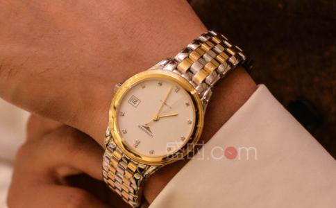 送男生的520礼物——一款品质腕表。