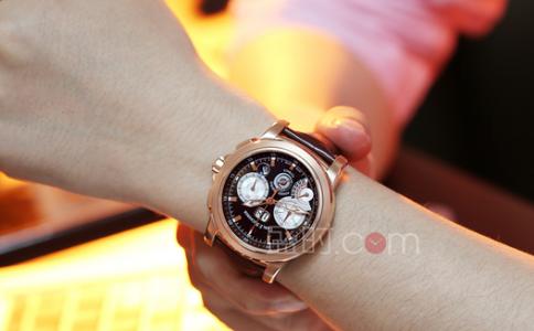送男人手表什么牌子好?