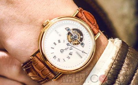 陀飞轮手表多少钱?