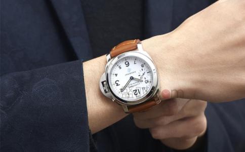 手表戴左手还是右手?