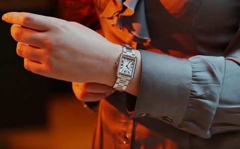 卡地亚坦克系列 是珠宝也是腕表