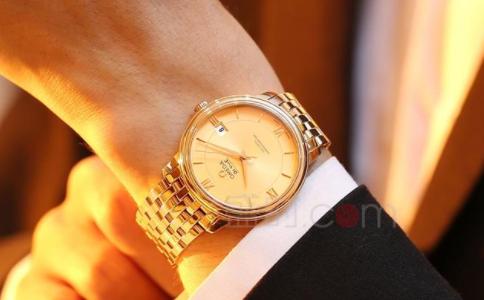 来盛时,带你选择一款精致的黄金手表