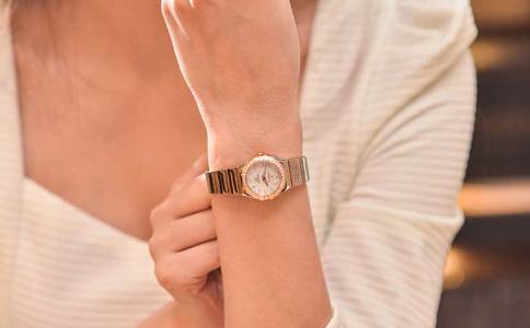 送女朋友手表代表什么意思,原来有深意!