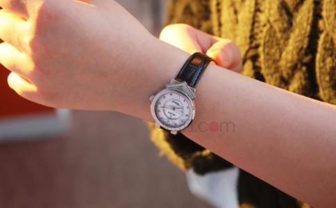 尼维达手表什么档次?值得购买吗?