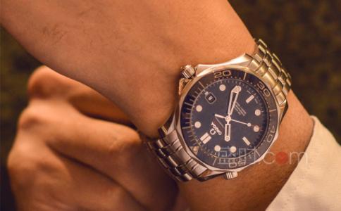 手表有雾气怎么办?小妙招送上