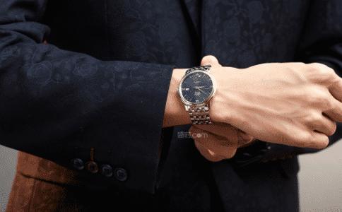 欧米茄男手表 风度翩翩的秘密
