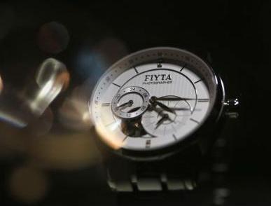 中国手表排名前十名都有哪些品牌?这些品牌的手表价格如何?