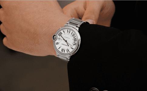 卡地亚官方手表价格是多少?