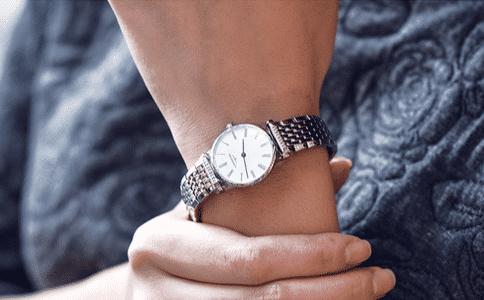 为什么说女不戴浪琴?女性戴浪琴表可以吗?