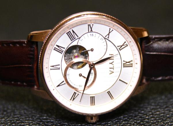 飛亞達手表價格穩定嗎?