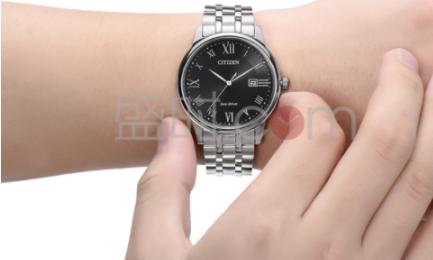手表戴哪只手有什么讲究吗