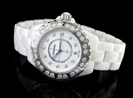 香奈儿j12手表,知性又爱美的你是值得拥有的
