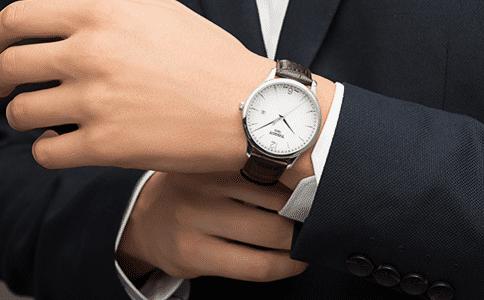 fossil手表价格是多少?