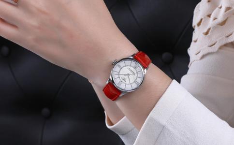 钢带手表怎么清洗