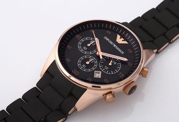 阿玛尼手表官网查询,购买手表要注重哪些方面