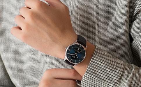 手表是皮带好还是钢带好?