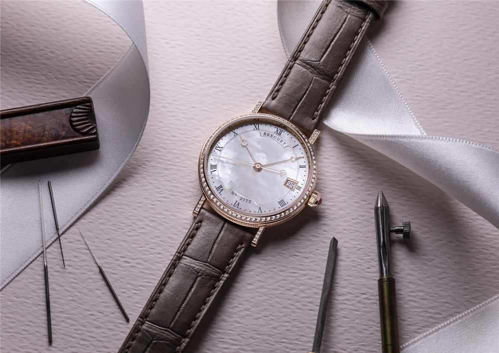 宝玑Classique经典系列9068珍珠母贝腕表,演绎宝玑优雅典范