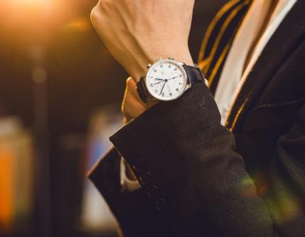 男士买什么牌子的手表比较好?
