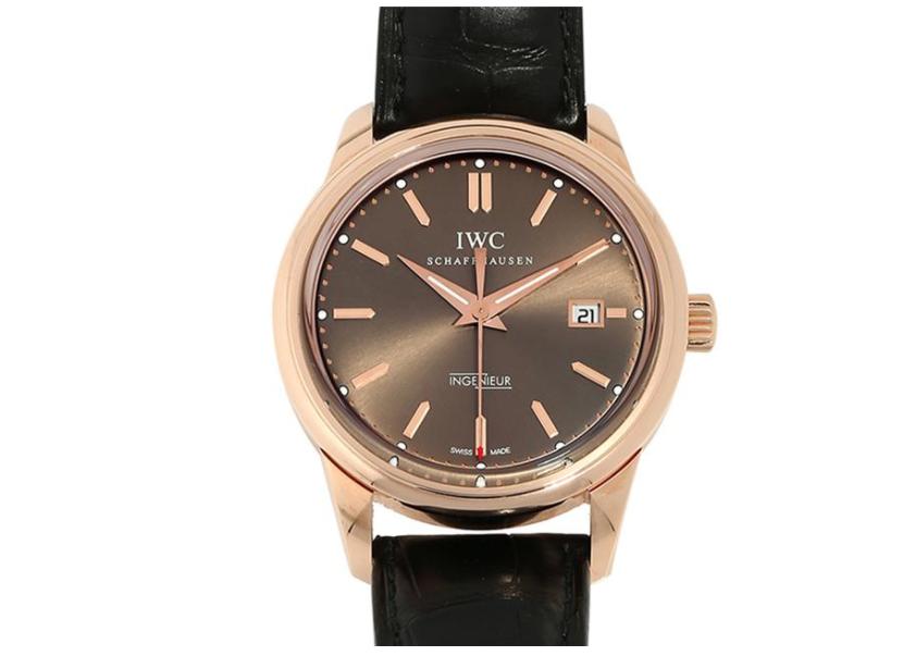 在万国手表维修售后应该更重视手表的保养