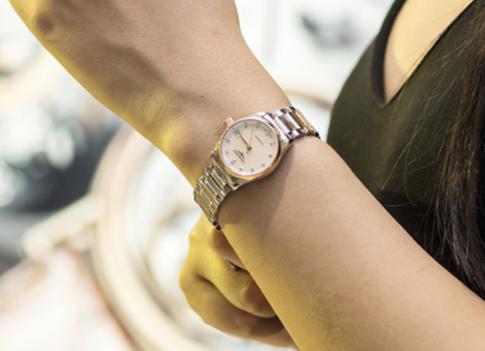 浪琴手表維修唯有正規平臺才是保障