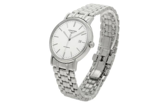 科學的浪琴表面保養,讓手表一直保持光潔如新