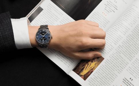 諾莫斯手表怎么樣?屬于什么檔次?