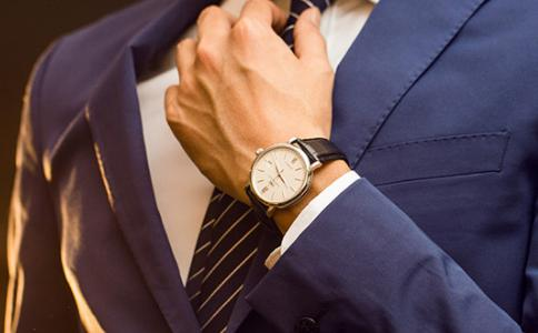 手細的男人戴什么手表好看?