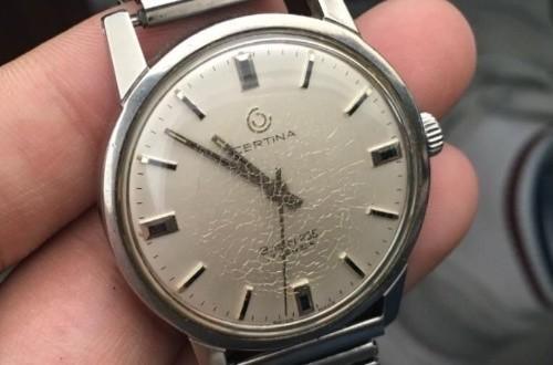 如何辨别上海雪铁纳手表专卖是否正规,可以从哪些方面判别?